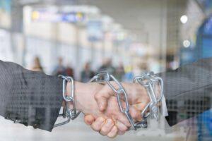 Dealing with vendor lock-in challenges in cloud migration